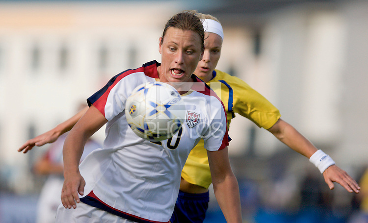 Abby Wambach controls the ball during the match against Sweden, Landskamp, Sweden, July 5th, 2008.