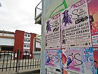 Querétaro, Qro. 9 de diciembre 2015. Pinta antirtaurina en uno de los carteles afuera de la Plaza de Toros Santa María. Foto: Alejandra L. Beltrán / Obture Press Agency.