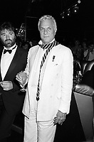 LONDON, UK. c. 1986: Actor Tony Curtis at a party in London.<br /> © Paul Smith/Featureflash