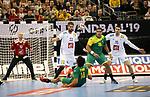 11.01.2019, Mercedes Benz Arena, Berlin, GER, BRA vs. FRA, im Bild <br /> Petrus Santos (BRA #14), Vinicius Teixeira (BRA #25), Vincent Gerard (FRA #12), Luka Karabatic (FRA #22), Mathieu Grebille (FRA #15)<br /> <br />      <br /> Foto &copy; nordphoto / Engler