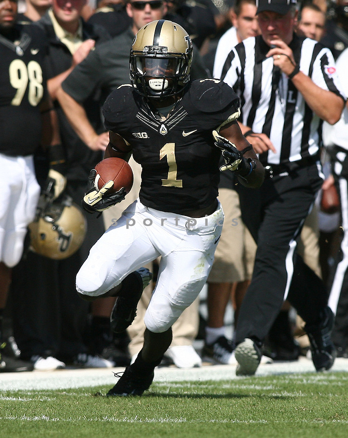 Purdue Boilermakers Akeem Hunt (1) during a game against the Northern Illinois Huskies on September 28, 2013 at Ross-Ade Stadium in West Lafayette, IN. NIU beat Purdue 55-24.