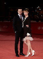 L'attore italiano Vinicio Marchioni posa con l'attrice italiana Milena Mancini sul red carpet per la presentazione del film &quot;The Place &quot; durante la Festa del Cinema di Roma, 2 novembre 2017.<br /> Italian actor Vinicio Marchioni poses with italian actress Milena Mancini on the red carpet to present the movie &quot;The place&quot; during the international Rome Film Festival at Rome's Auditorium, November 2, 2017.<br /> UPDATE IMAGES PRESS/Isabella Bonotto
