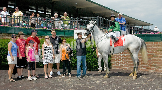 Mr. Commissioner winning at Delaware Park on 6/9/12