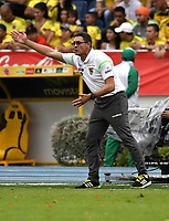BARRANQUILLA – COLOMBIA - 23 – 03 -2017: Diego Soria, técnico, de Bolivia durante partido entre los seleccionados de Colombia y Bolivia, de la fecha 13 válido por la clasificación a la Copa Mundo FIFA Rusia 2018, jugado en el estadio Metropolitano Roberto Melendez en Barranquilla. / Diego Soria, coach of Bolivia, during match between the teams of Colombia and Bolivia, of the date 13 valid for the Qualifier to the FIFA World Cup Russia 2018, played at Metropolitan stadium Roberto Melendez in Barranquilla. Photo: VizzorImage / Luis Ramirez / Staff.