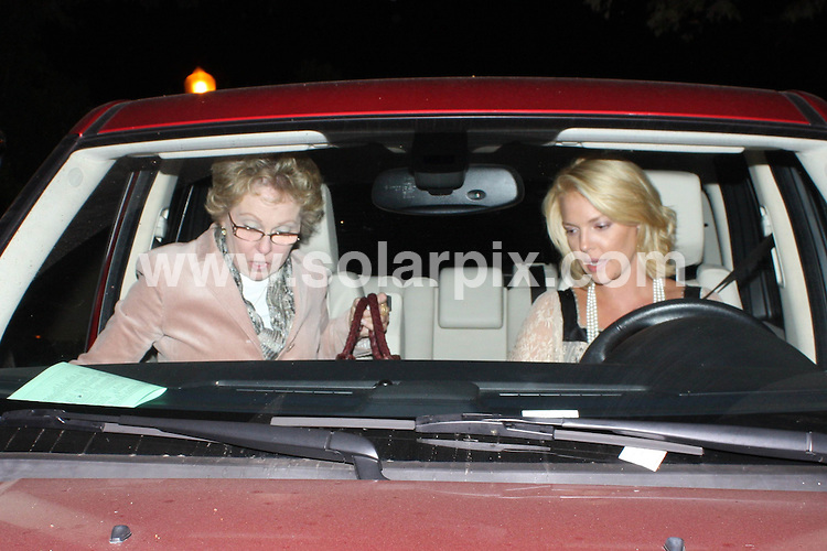 **ALL ROUND EXCLUSIVE PICTURES FROM SOLARPIX.COM**.**WORLDWIDE SYNDICATION RIGHTS**.**NO PUBLICATION IN AUSTRALIA, NEW ZEALAND,.DENMARK, GERMANY OR USA**.Katherine Heigl and her mother attend a friends birthday party in Los Feliz, California, USA. 19th September 2008...JOB REF: 7422 LAP(HDJ)       DATE: 19_09_2008.**MUST CREDIT SOLARPIX.COM OR DOUBLE FEE WILL BE CHARGED* *UNDER NO CIRCUMSTANCES IS THIS IMAGE TO BE REPRODUCED FOR ANY ONLINE EDITION WITHOUT PRIOR PERMISSION*