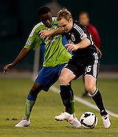 Bryan Namoff, Steve Zakuani. The Seattle Sounders defeated DC United, 2-1, to win the 2009 Lamr Hunt U.S. Open Cup at RFK Stadium in Washington, DC.