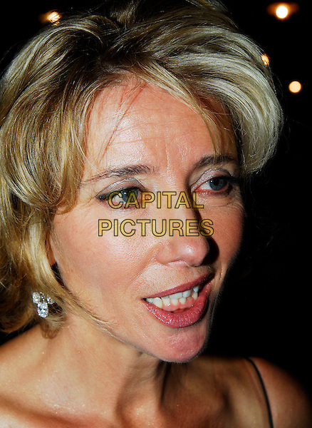 """EMMA THOMPSON.""""Stranger Than Fiction"""" Premiere, .Odeon West End, London, England, October 20th 2006..portrait headshot funny face.Ref: IW.www.capitalpictures.com.sales@capitalpictures.com.©Ian Wilson/Capital Pictures"""