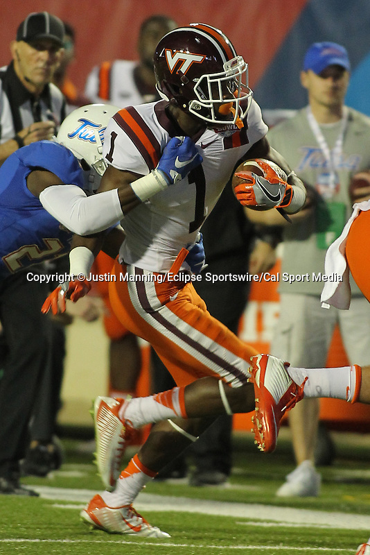 December 26, 2015: Virginia Tech WR Isaiah Ford running down the sidelines after catching a pass in the Camping World Independence Bowl at Independence Stadium in Shreveport, LA. Justin Manning/ESW/CSM