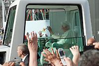 Papa Benedetto XVI durante il VII Incontro Mondiale delle Famiglie in piazza del Duomo. Milano, 1 giugno 2012.....