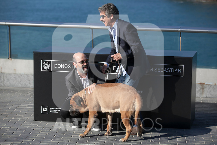 Actors Javier Camara and Ricardo Darin pose during the `Truman´ film presentation a 63rd Donostia Zinemaldia (San Sebastian International Film Festival) in San Sebastian, Spain. September 19, 2015. (ALTERPHOTOS/Victor Blanco)