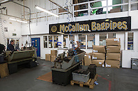 Mc Callum bagpipes factory La fabbrica di cornamuse più famosa al mondo. Interno capannone. The  most popular bagpipes factory in the world.Internal factory.