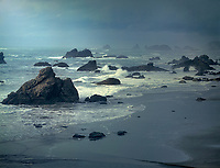 769550439 a massive pacific storm batters the sea stacks along the southernl oregon coast at harris state beach