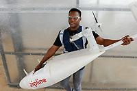 RWANDA, Gitarama, Muhanga, zipline drone airport , zipline is a american start-up and delivers Blood preserve and medical drugs by drone to rural health centers, the battery driven Zip 2 can travel at a top speed around 79 miles per hour, carrying 3.85 pounds of cargo and has a range of 160 km round trip, the delivery box is dropped by a small parachute , drone with freight ready for launch / RUANDA, Gitarama, Muhanga, zipline Drohnen Flugstation, zipline ist ein amerikanisches start-up und transportiert Blutkonserven und Medikamente mit Drohnen wie der Zip 2 zu ländlichen Krankenstationen, die Zip 2 hat fuer einen Rundflug eine Reichweite von 130 km, die Batterie betriebene und ferngesteuerte Drohne wirft die Sendung per Fallschirm ab, Michel