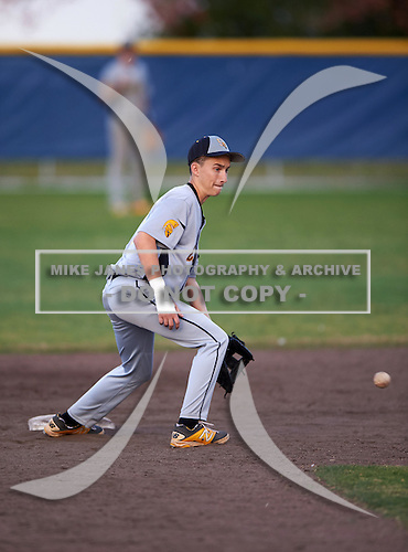 Lakewood Spartans second baseman Vinnie Grybauskas (17) during a game against the Boca Ciega Pirates at Boca Ciega High School on March 2, 2016 in St. Petersburg, Florida.  (Copyright Mike Janes Photography)