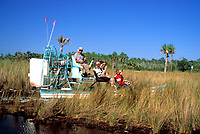 USA, Florida, Everglades: mit dem Airboot durch die Suempfe | USA, Florida, Everglades: Airboat