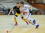 Almere - Zaalhockey  Amsterdam-Den Bosch (m) . Tijn Lissone (Adam) met Jasper Tukkers (Den Bosch)   TopsportCentrum Almere.    COPYRIGHT KOEN SUYK