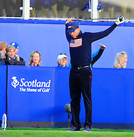 Matt Kuchar (USA) stretches out on the 1st tee before Saturday Mornings Fourball Matches of the Ryder Cup 2014 played on the PGA Centenary Course at the Gleneagles Hotel, Auchterarder, Scotland.: Picture Eoin Clarke, www.golffile.ie: 27th September 2014