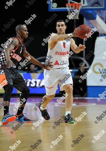 2014-12-02 / Basketbal / seizoen 2014-2015 / Antwer Giants - Le Mans / Roel Moors<br /><br />Foto: mpics.be