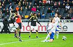 Solna 2015-05-10 Fotboll Allsvenskan AIK - IFK Norrk&ouml;ping :  <br /> AIK:s Dickson Etuhu skjuter ett skott och Norrk&ouml;pings Andreas Hadenius t&auml;cker innanf&ouml;r straffomr&aring;det med en hands under matchen mellan AIK och IFK Norrk&ouml;ping <br /> (Foto: Kenta J&ouml;nsson) Nyckelord:  AIK Gnaget Friends Arena Allsvenskan IFK Norrk&ouml;ping hand hands