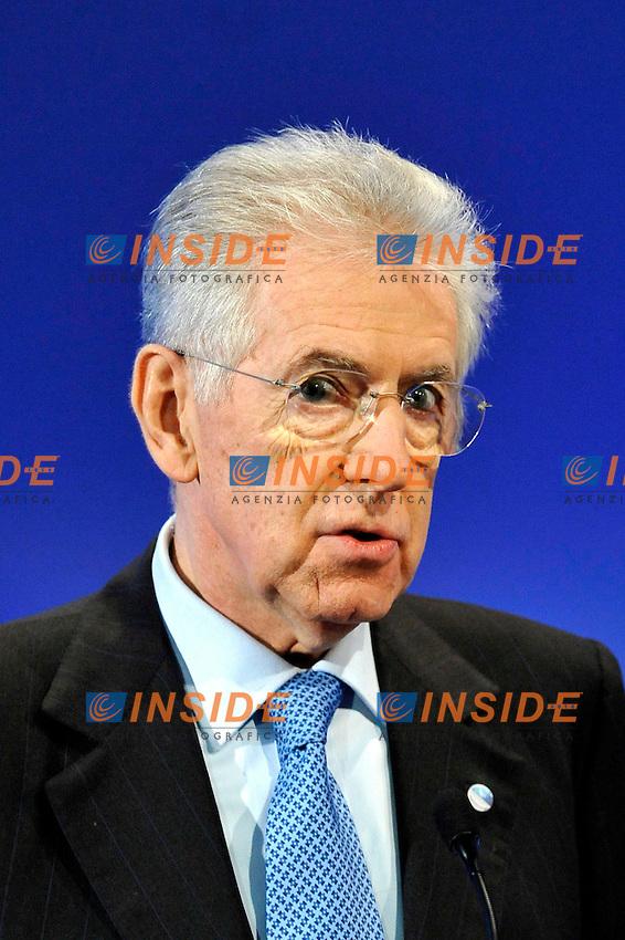 Il Presidente del Consiglio Mario Monti .Parigi 6/1/2012 Ministero dell'Economia e delle Finanze.Conferenza Il nuovo Mondo, crescita, innovazione e cambiamento. .Foto Insidefoto / Gerard Roussel / Panoramic.ITALY ONLY
