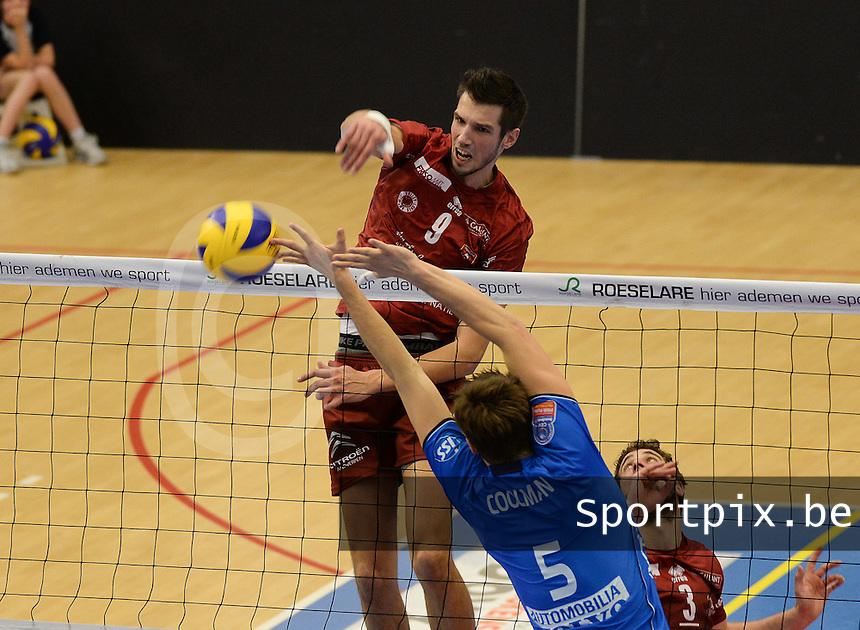 Knack Roeselare - Precura Antwerpen : Bas Van Bemmelen met de smash voorbij Coolman (r)<br /> foto VDB / BART VANDENBROUCKE