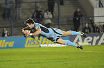 Dafydd Hewitt dives over to score Cardiff's 2nd try. Cardiff Blues V Glasgow Warriors, Magners league. © Ian Cook IJC Photography iancook@ijcphotography.co.uk www.ijcphotography.co.uk