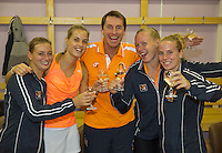 Moskou, Russia, Februari 7, 2016,  Fed Cup Russia-Netherlands, Dutch Team celebrates in the dressing room, Ltr: Cindy Burger, Arantxa Rus, Captain Paul Haarhuis, Kiki Bertens and Richel Hogenkamp<br /> Photo: Tennisimages/Henk Koster