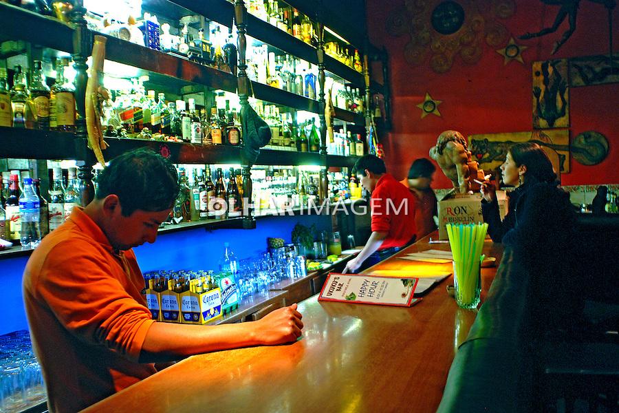 Balcão de Bar em Cusco. Peru. 2007. Foto de Vinicius Romanini.