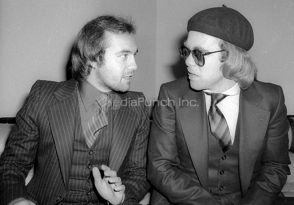 Bernie Taupin and Elton John 1977<br /> Photo By Adam Scull/PHOTOlink/MediaPunch