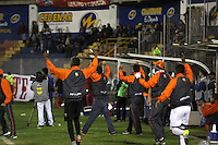 PASTO - COLOMBIA -25-02-2016: Los jugadores de Envigado FC, celebran el gol anotado al Deportivo Pasto durante partido Deportivo Pasto y Envigado FC, por la fecha 6 de la Liga Aguila I 2016, jugado en el estadio Libertad de la ciudad de Pasto.  / The players of Envigado FC, celebrate a scored goal to Deportivo Pasto during a match Deportivo Pasto and Envigado FC, for the date 6 of the Liga Aguila I 2016 at the Libertad stadium in Pasto city. Photo: VizzorImage  / Leonardo Castro / Str.
