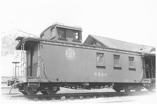 Long caboose #0540 in Silverton, CO.<br /> D&amp;RGW  Silverton, CO  Taken by Dunscomb, Guy L. - 5/5/1942