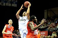 GRONINGEN - Basketbal, Donar - New Heroes, Martiniplaza,  Dutch Basketball League, seizoen 2017-2018, 03-12-2017,  Donar speler Brandyn Curry op weg naar een score<br /> Dutch Basketbal League