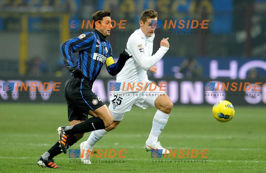 """Javier ZANETTI (Inter), Miroslav KLOSE (Lazio).Milano 22/1/2012 Stadio """"Giuseppe Meazza"""".Serie A 2011/2012.Football Calcio Inter Vs Lazio.Foto Insidefoto Alessandro Sabattini."""