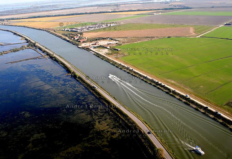 Italia, Ponte Viro (Rovigo), Delta del fiume Po..<br /> Italy, Ponte Viro (Rovigo), Delta Po river .