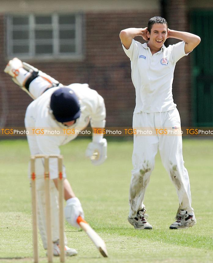 - Grays & Chadwell CC vs Hornchurch Athletic CC - Lords International Cricket League - 07/07/07 - MANDATORY CREDIT: Gavin Ellis/TGSPHOTO - SELF-BILLING APPLIES WHERE APPROPRIATE. NO UNPAID USE -  Tel: 0845 0946026