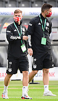 Joshua Kimmich (FC Bayern Muenchen),  Sven Ulreich (FC Bayern Muenchen)<br /> - 04.07.2020, Fussball DFB Pokal Finale, Bayer 04 Leverkusen - FC Bayern Muenchen emspor, v.l. Aussenansicht Olympiastadion mit 2 Fans vor dem Tor<br /> <br /> Foto: Kevin Voigt/Jan Huebner/Pool/Marc Schueler/Sportpics.de<br /> <br /> (DFL/DFB REGULATIONS PROHIBIT ANY USE OF PHOTOGRAPHS as IMAGE SEQUENCES and/or QUASI-VIDEO - Editorial Use ONLY, National and International News Agencies OUT)