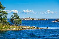 Skär och klippor vid havet utanför Norrpada  i Stockholms utskärgård