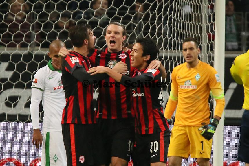 Torjubel Eintracht Frankfurt beim 1:0 um Alex Meier, Frust bei Werder Bremen - Eintracht Frankfurt vs. SV Werder Bremen, Commerzbank Arena