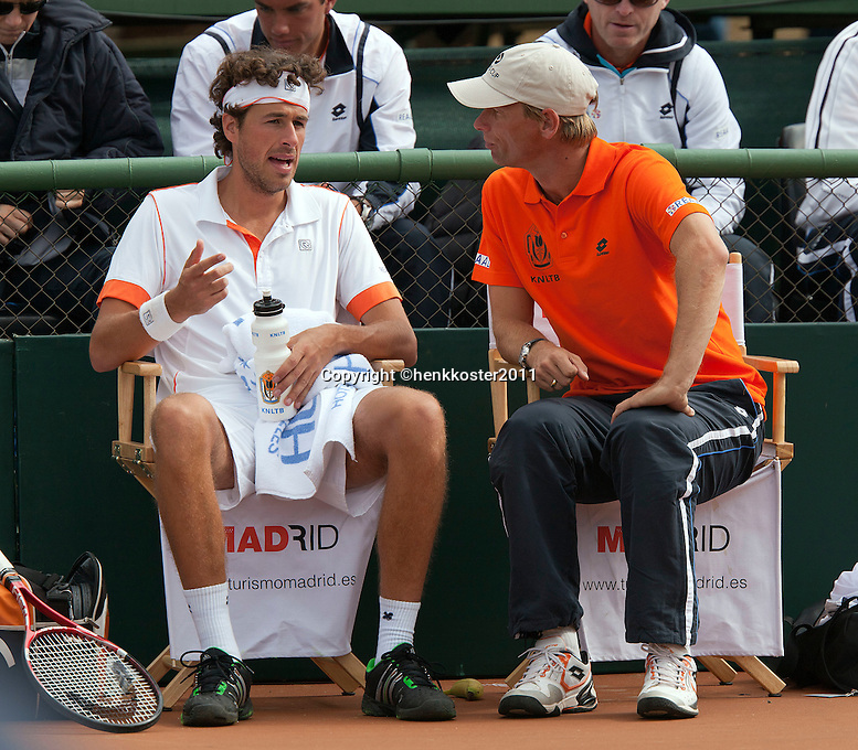 10-07-11, Tennis, South-Afrika, Potchefstroom, Daviscup South-Afrika vs Netherlands,  Robin Haase en Captain Jan Siemerink tijdens de wissel