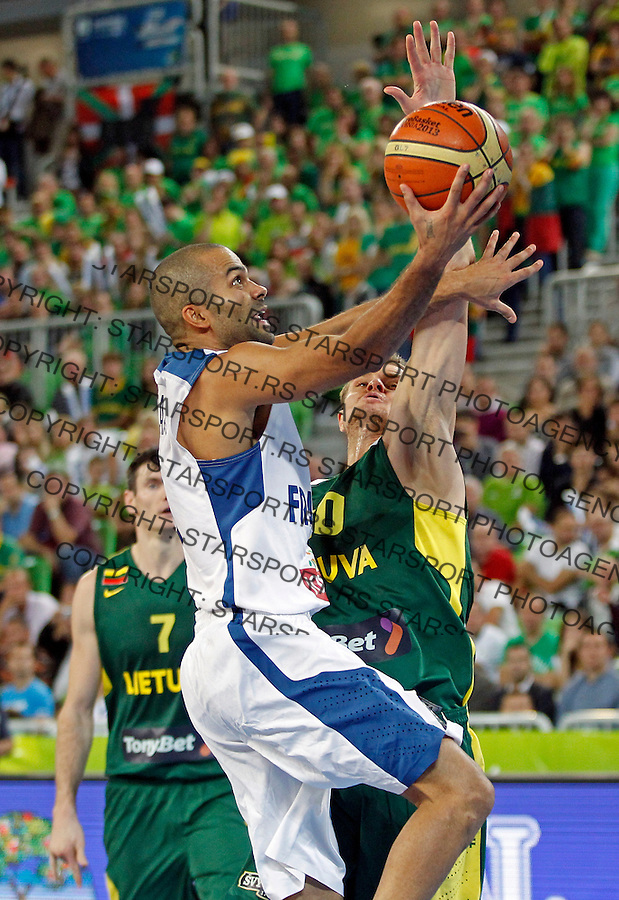 "France`s Tony Parker in action during European basketball championship ""Eurobasket 2013""  final game between France and Lithuania in Stozice Arena in Ljubljana, Slovenia, on September 22. 2013. (credit: Pedja Milosavljevic  / thepedja@gmail.com / +381641260959)"