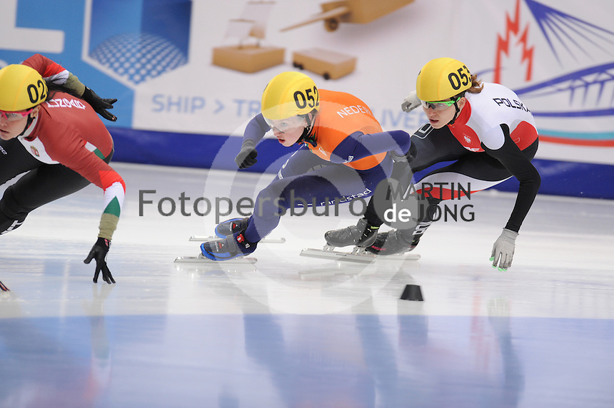 "SHORT TRACK: MOSCOW: Speed Skating Centre ""Krylatskoe"", 13-03-2015, ISU World Short Track Speed Skating Championships 2015, Lara VAN RUIJVEN (#052 