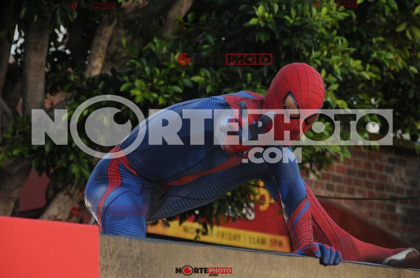 Spider Man at the premiere of Columbia Pictures' 'The Amazing Spider-Man' at the Regency Village Theatre on June 28, 2012 in Westwood, California. &copy; mpi35/MediaPunch Inc. /*NORTEPHOTO.COM*<br /> **SOLO*VENTA*EN*MEXICO** **CREDITO*OBLIGATORIO** *No*Venta*A*Terceros*<br /> *No*Sale*So*third* ***No*Se*Permite*Hacer Archivo***No*Sale*So*third*&Acirc;&copy;Imagenes*con derechos*de*autor&Acirc;&copy;todos*reservados*.
