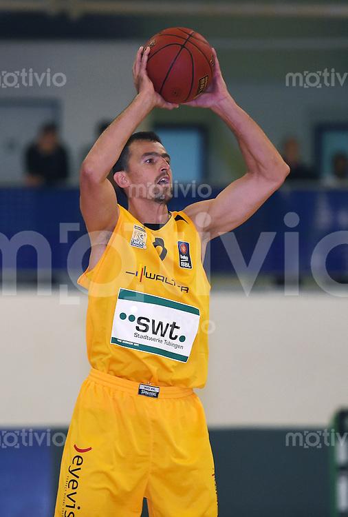 Basketball 1. Bundesliga 2013/2014 Testspiel 02.09.2014 Walter Tigers Tuebingen - MLP Academics Heidelberg Aleksandar Nadjfeji (Tigers) mit Ball