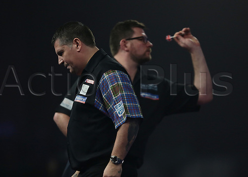 01.01.2016. Alexandra Palace, London, England. William Hill PDC World Darts Championship.  World Champion Gary Anderson looks deflated as he gives away a set to James Wade