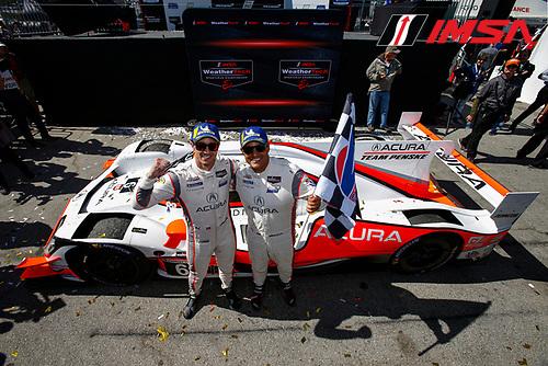 #6 Acura Team Penske Acura DPi, DPi: Juan Pablo Montoya, Dane Cameron, Checkered Flag, DPi Winners