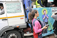 - Milano, MayDay Parade demonstration, organized by leftist groups and organizations for the defense of temporary workers and the access to the job of  young people....- Milan, manifestazione MayDay Parade, organizzata  da gruppi e organizzazioni di sinistra per la difesa dei lavoratori precari e l'accesso al lavoro dei giovani