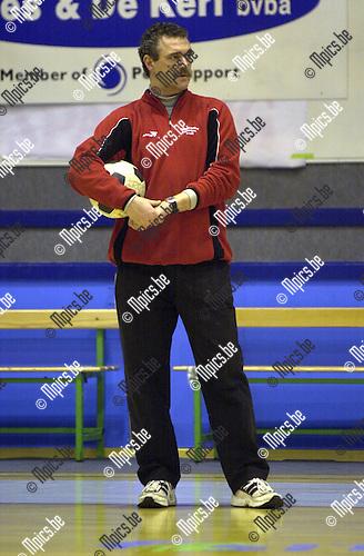 Frank Hardies, trainer Borgerhout