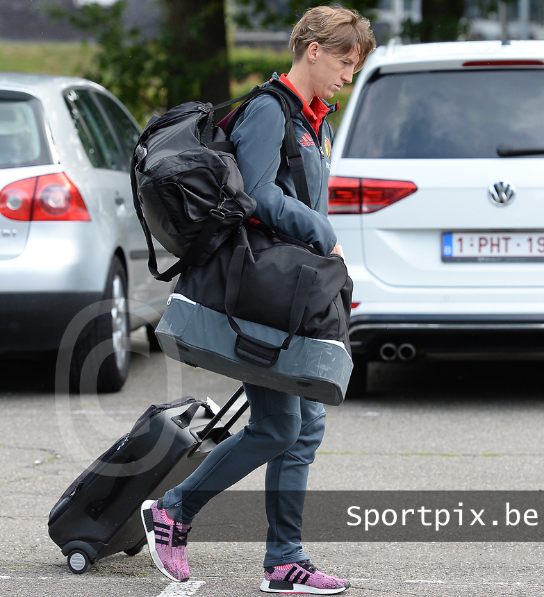20170725 - TILBURG , NETHERLANDS :  Belgian Aline Zeler pictured going back to Belgium as the Belgian national women's soccer team Red Flames was not able to qualify for the quarter finals after a loss against The Netherlands , on Tuesday 25 July 2017 in Tilburg . The Red Flames finished on 3 th place in Group A at the Women's European Championship 2017 in the Netherlands. PHOTO SPORTPIX.BE | DAVID CATRY