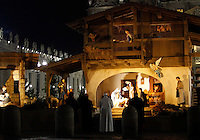 Papa Francesco omaggia il Presepe al termine dei Primi Vespri e Te Deum in ringraziamento per l'anno trascorso, in Piazza San Pietro, Citta' del Vaticano, 31 dicembre 2015.<br /> Pope Francis pays homage to the Nativity scene at the end of a new year's eve vespers Mass, in St. Peter's Square, at the Vatican 31 December 2015.<br /> UPDATE IMAGES PRESS/Isabella Bonotto<br /> <br /> STRICTLY ONLY FOR EDITORIAL USE