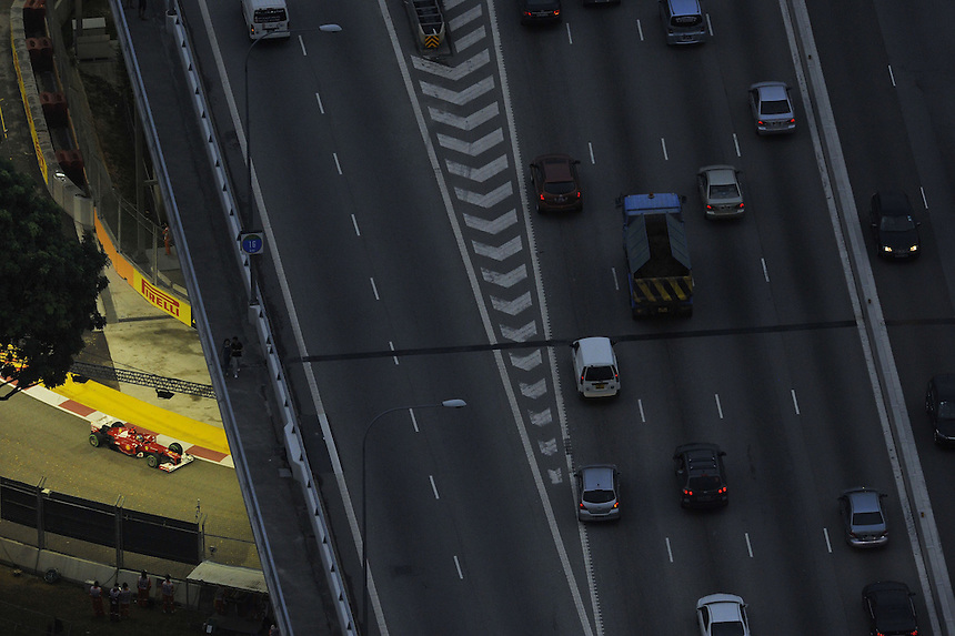 .Fernando Alonso (ESP),  Scuderia Ferrari ..2012 FIA Formula One World Championship - Singtel Formula One Grand Prix, Marina Bay Street Circuit, Singapore, Singapore, Friday 21st September 2012...